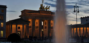 Bild: Abendstimmung Brandenburger Tor, evening mood at Brandenburger Gate